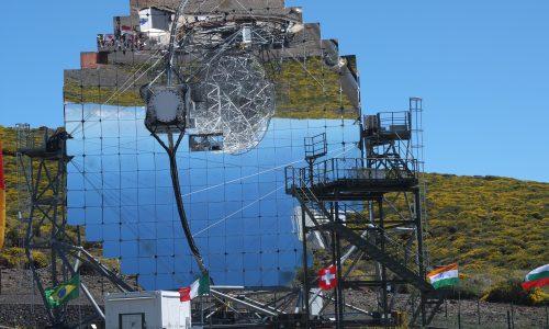 Uno dei telescopi di MAGIC