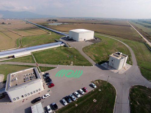 Vista aerea dell'interferometro Virgo